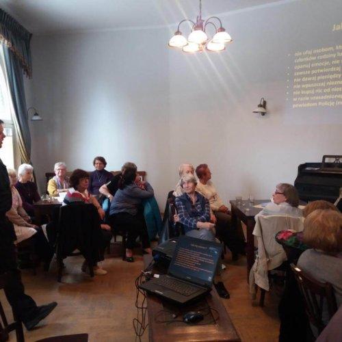 """""""Bezpieczny Senior"""" – spotkanie zorganizowane przez Komisariat Policji I w Krakowie"""