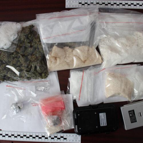 Piaseczyńscy policjanci przejęli znaczną ilość narkotyków